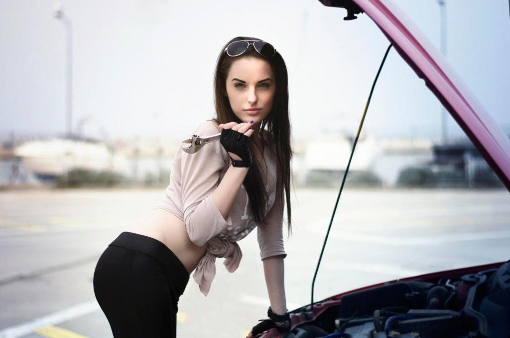 Самые распространенные технические запахи в автомобиле