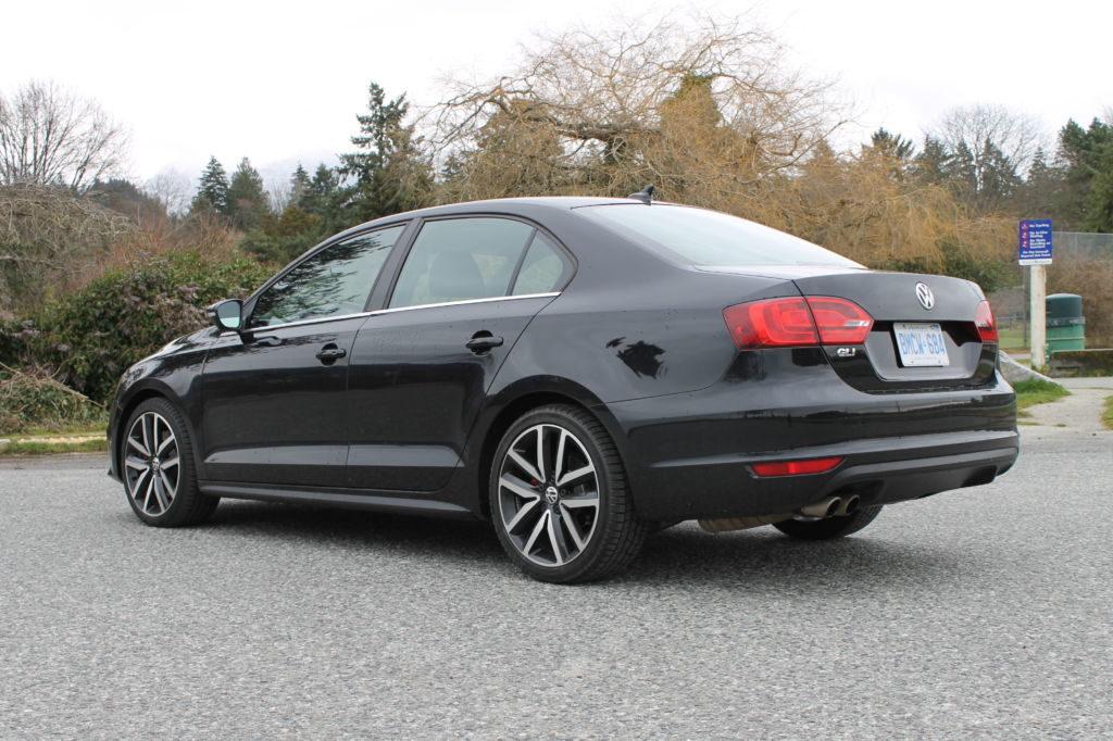 Тест-драйв Volkswagen Jetta 2012