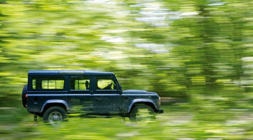 Ленд Ровер Дефендер (Land Rover Defender)