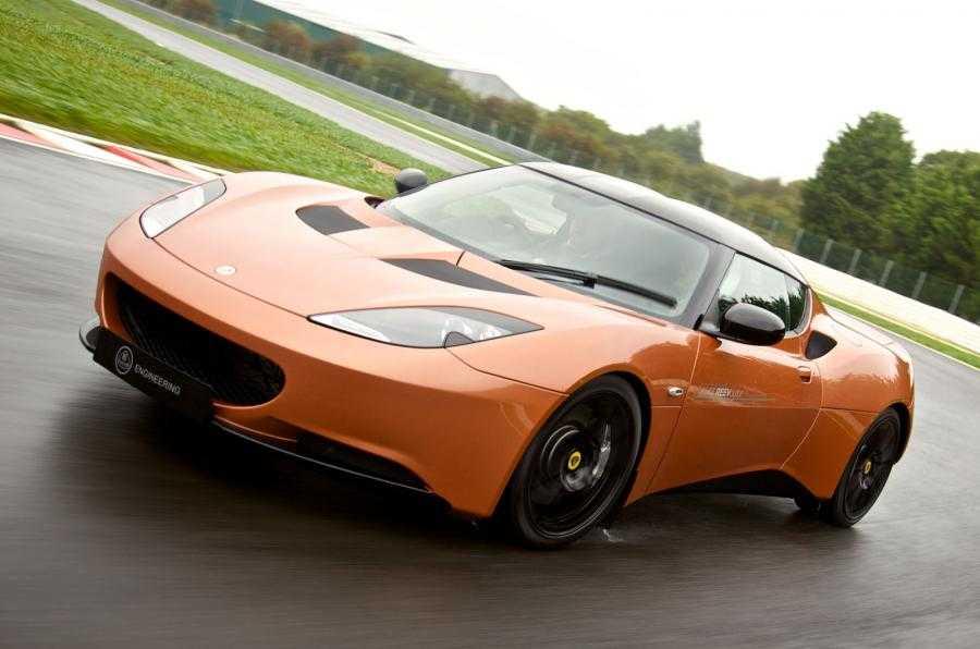 Гибридная эко-автомобили Lotus Evora 414E и Cadillac ELR
