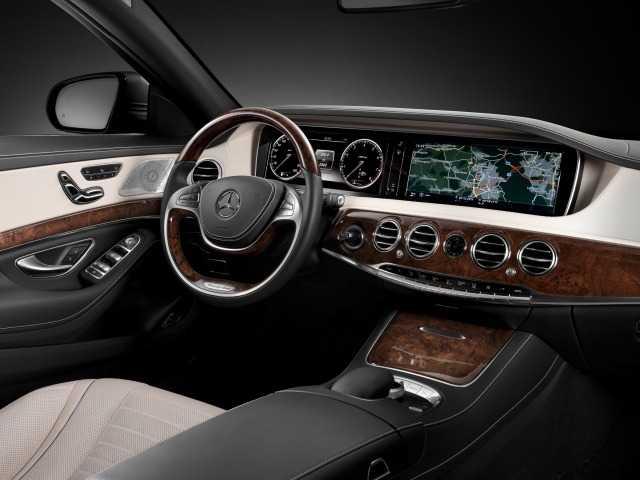 Тест драйв Mercedes-Benz S-class W222
