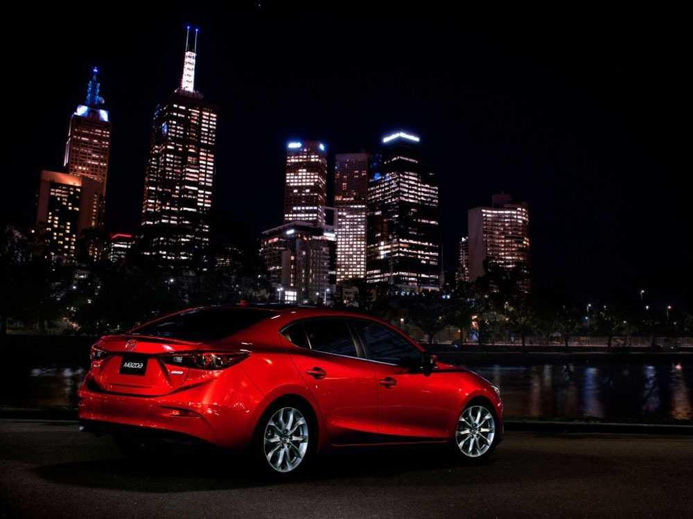 Тест драйв Mazda 3. Приятно удивляет своего владельца с первых дней