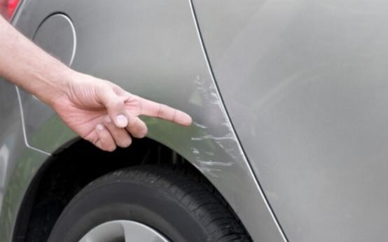 Эффективные способы устранения неглубоких царапин на кузове авто своими руками
