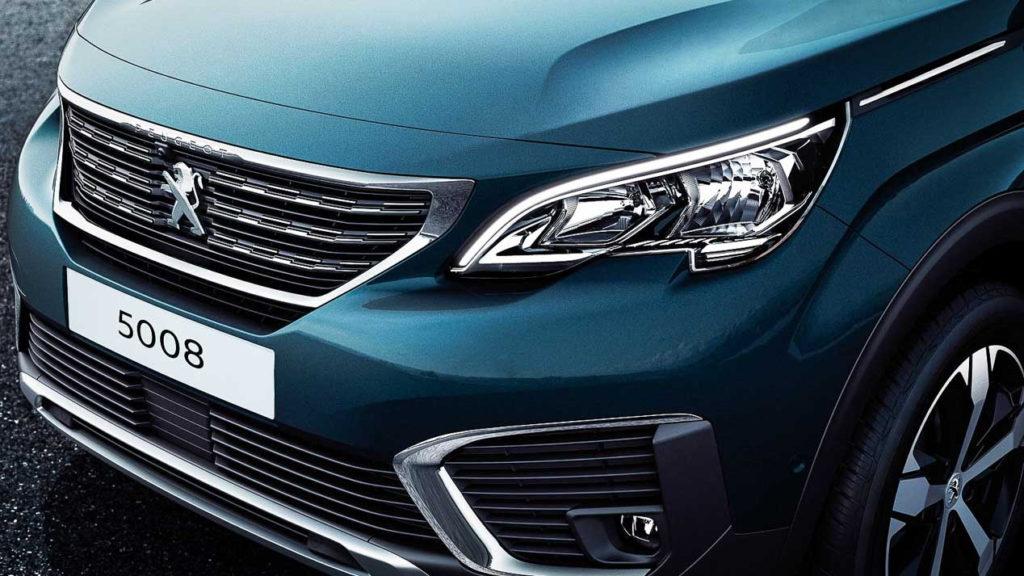 Peugeot 5008 2019 года