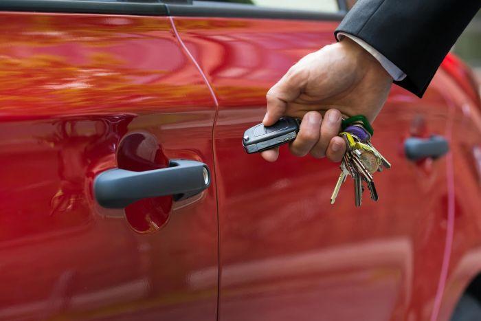 брелок не открывает машину что делать